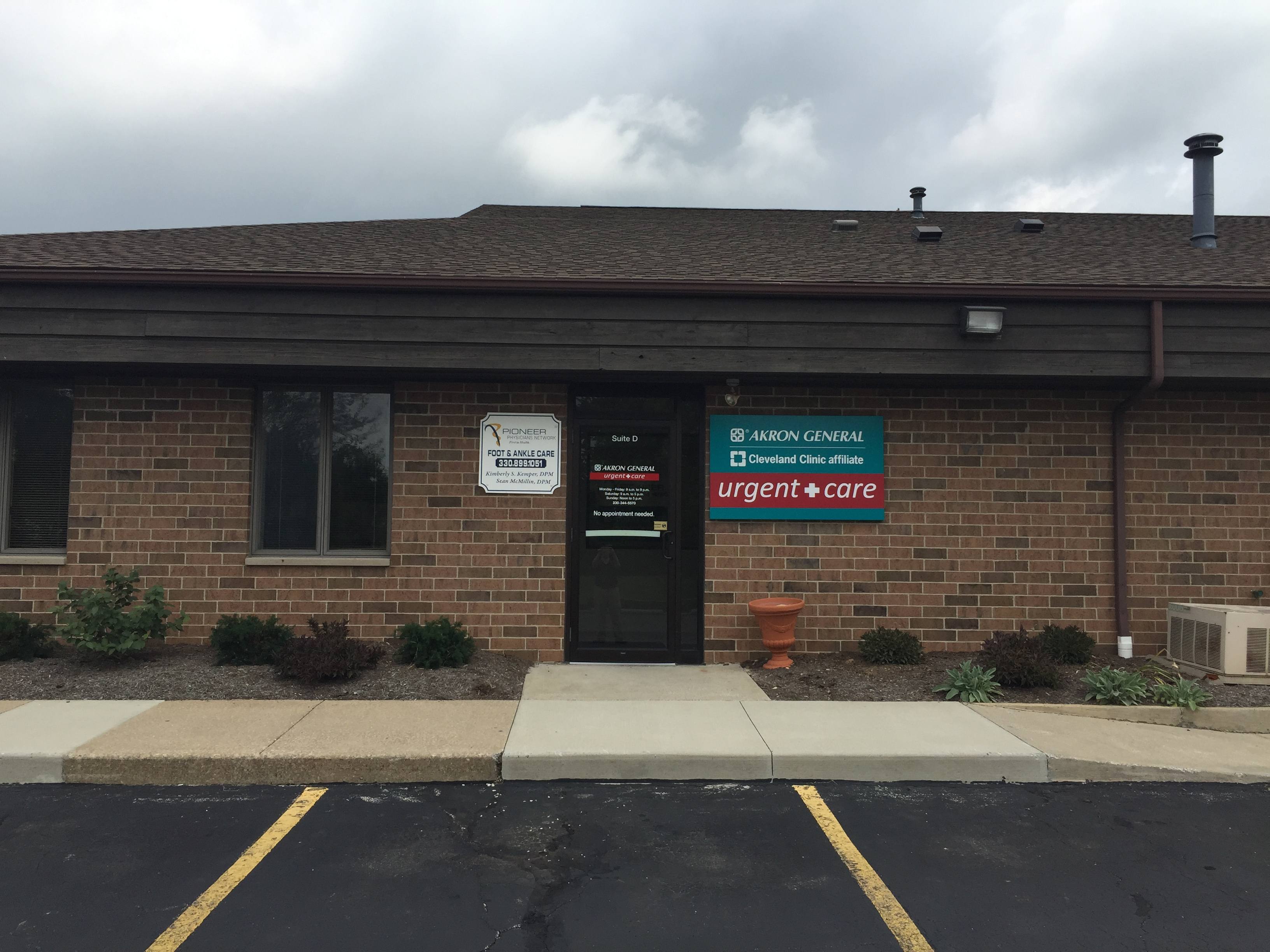 Stow urgent care phone number